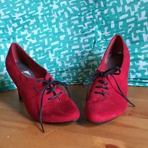 IMPO Red Suede Oxford Heels